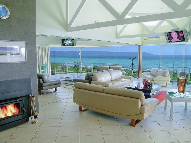 Island Beach Lodge Living Room